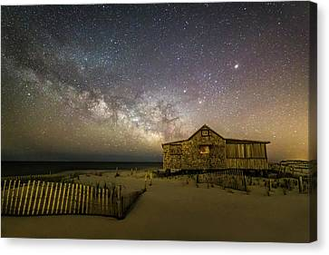 Nj Shore Starry Skies And Milky Way Canvas Print by Susan Candelario