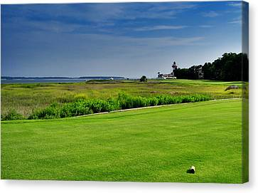 No. 18 At Harbour Town Golf Links Canvas Print by Lyle  Huisken