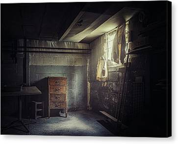 No Escape Canvas Print by Scott Norris