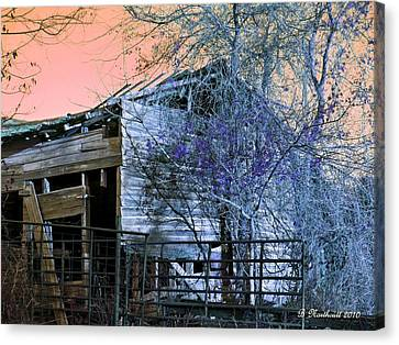 Canvas Print featuring the photograph No Ordinary Barn by Betty Northcutt