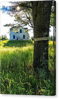 Maine Farmhouse Canvas Print - No Trespassing by Laurie Breton