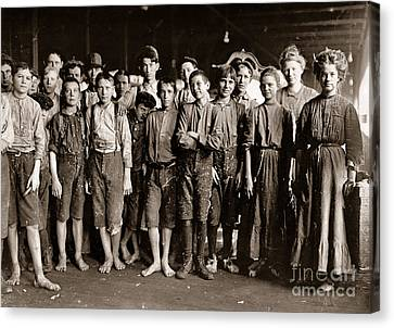 Noon Hour Workers In Enterprise Cotton Mill Canvas Print by Celestial Images