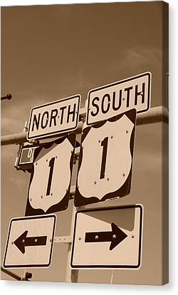 Us1 Canvas Print - North South 1 by Rob Hans