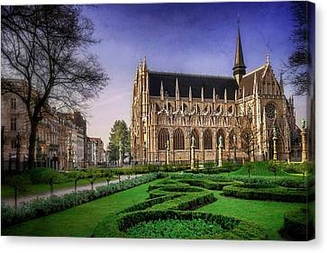 Notre Dame Du Sablon In Brussels  Canvas Print by Carol Japp