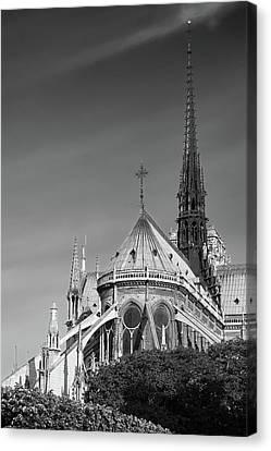 Canvas Print featuring the photograph Notre Dame, Paris, France. by Richard Goodrich