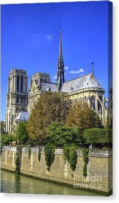 Notre Dame, Paris Canvas Print by Juli Scalzi