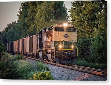Southern Indiana Canvas Print - Ns Heritage Reading Lines Southbound At Sullivan In by Jim Pearson