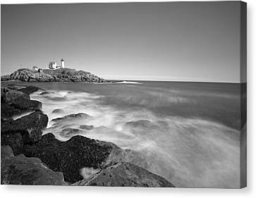 Nubble Light In York Me Cape Neddick Black And White Canvas Print by Toby McGuire