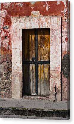 Number 139 San Miguel De Allende Canvas Print by Carol Leigh