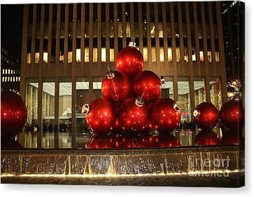 Nyc Giant Christmas Tree Ornament At Night Canvas Print by John Telfer