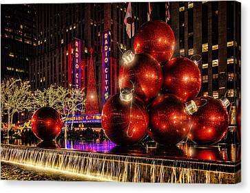 Canvas Print featuring the photograph Nyc Holiday Balls by Chris Lord
