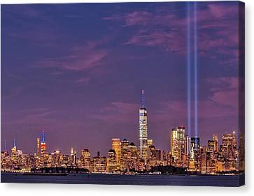 Canvas Print featuring the photograph Nyc  Landmarks Wtc Tribute In Light by Susan Candelario
