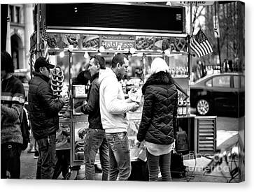 Nyc Snack Time Canvas Print by John Rizzuto