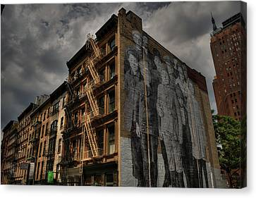 Canvas Print featuring the photograph Nyc - Tribeca 001 by Lance Vaughn