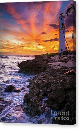 Oahu Lighthouse Canvas Print by Inge Johnsson
