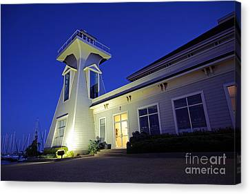 Oakville Lighthouse Canvas Print by Charline Xia