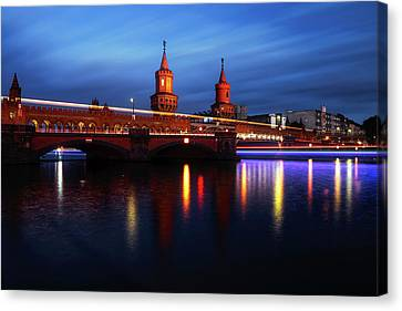 Oberbaum Bridge At Sunset Canvas Print