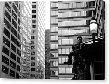 Canvas Print featuring the photograph Observing The City by Valentino Visentini