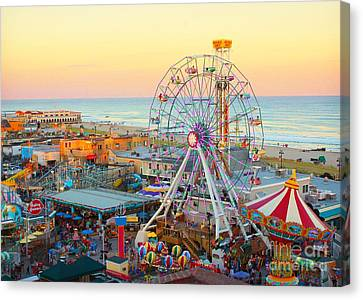 Ocean City New Jersey Boardwalk And Music Pier Canvas Print