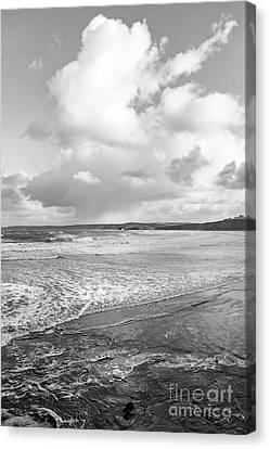 Canvas Print featuring the photograph Ocean Texture Study by Nicholas Burningham