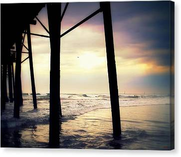 Canvas Print featuring the photograph Oceanside - Late Afternoon by Glenn McCarthy