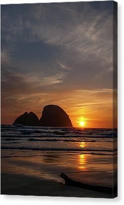 Oceanside Sunset 4 Canvas Print by Ken Dietz