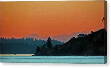 Ode To Elton Bennett Canvas Print by Chris Anderson