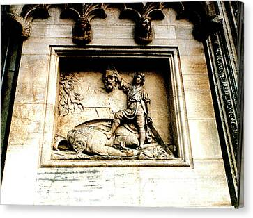 Canvas Print featuring the photograph Off With His Head - Sculpture On The Cathedral In Milan,italy by Merton Allen
