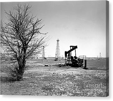 Old Canvas Print - Oklahoma Oil Field by Larry Keahey