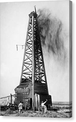 Oklahoma: Oil Well, C1922 Canvas Print by Granger
