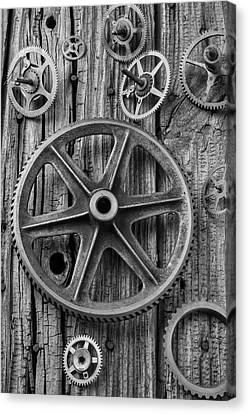 Old Assorted Gears Canvas Print by Garry Gay