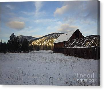 Canvas Print featuring the photograph Old Barn 2 by Victor K