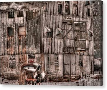 Illinois Barns Canvas Print - Old Barn Redux by David Bearden