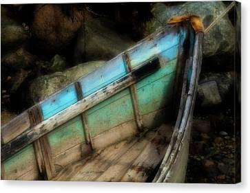 Old Boat 1 Stonington Maine Canvas Print by David Smith