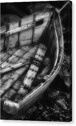 Old Boat Stonington Maine Black And White Canvas Print