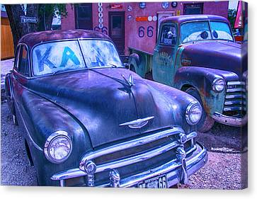 Old Car And Pickup Route 66 Canvas Print by Garry Gay