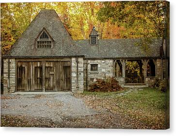 Old Carriage House 2 Canvas Print by Terry Davis