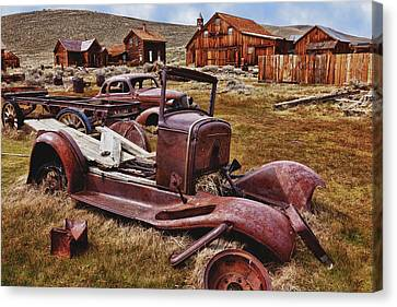 Old Cars Bodie Canvas Print by Garry Gay
