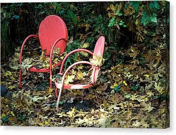 Old Empty Chairs Canvas Print by Gwyn Newcombe
