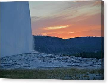 Old Faithful Geyser Erupting At Sunset Canvas Print