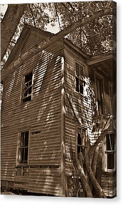 Old Farmhouse In Summertime Canvas Print