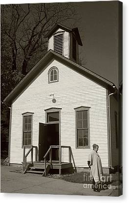 Old-fashioned School House Canvas Print by Emily Kelley