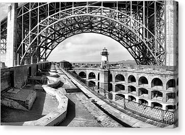 Old Fort Point Lighthouse Under The Golden Gate In Bw Canvas Print