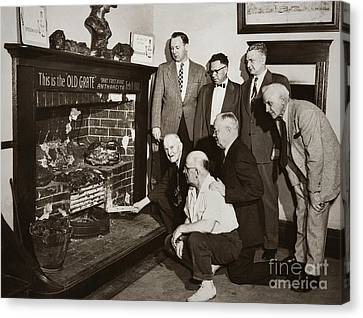 Old Grate That First Burned Anthracite Coal Successfully In The Old Fell House Wilkes Barre Pa Canvas Print