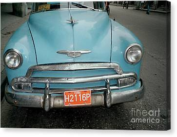 Old Havana Cab Canvas Print