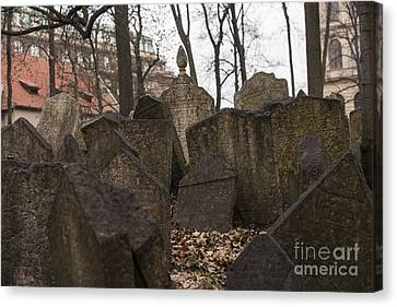 Old Jewish Cemetery In Prague Canvas Print
