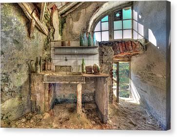 Old Kitchen - Vecchia Cucina Canvas Print