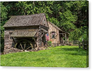 Old Mill Cuttalossa Farm Pennsylvania Canvas Print by Terry DeLuco
