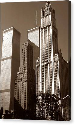 Old New York Photo - Woolworth Building Canvas Print by Art America Gallery Peter Potter