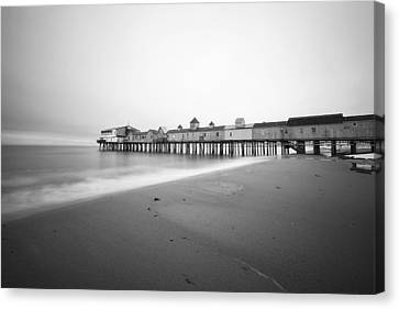 Old Orchard Beach Pier Canvas Print by Eric Gendron